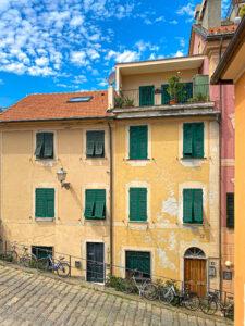 Sestri Levante: storia, sentieri panoramici e aperitivi con vista